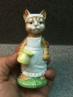 DUNCAN ROYALE FINE PORCELAIN CAT KITTY BUNNY RABBIT CATERING FIGURINE FIGURINES | eBay