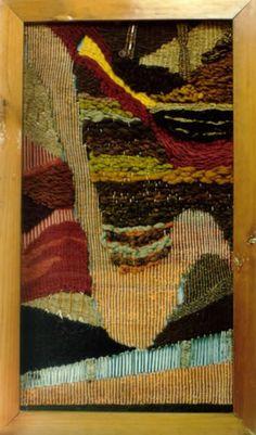 Gabriela Galindo Gonzales/ Mexico  Tierra en cobre Tapiz (lana, henequén, algodón y alambre de cobre)  1997 70 x 120 cm