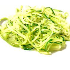 """""""Esparguete"""" de courgette"""