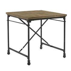 Pour un décor industriel tendance, optez pour la table carrée Croisillons de la…