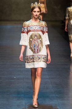 Dolce & Gabbana 2013 - medieval religious iconography
