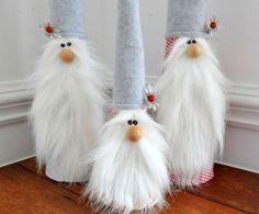 Diy and crafts Fabric Crafts - papier filz wolle wichtel basteln Christmas Gnome, Christmas Projects, Decoracion Navidad Diy, Diy Craft Projects, Diy Crafts, Craft Ideas, Gnome Tutorial, Theme Noel, Christmas Decorations