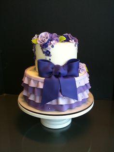 gorgeous purple ruffle cake by studicake  Ruffled Dresses #2dayslook #RuffledDresses #sasssjane  www.2dayslook.com