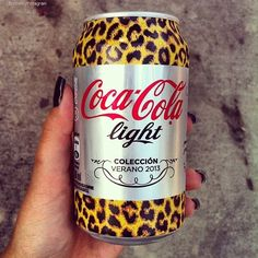 Tell a cola by it's spots.