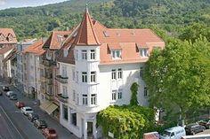 Hotelrestaurant Auerstein Restaurant, Places Ive Been, Mansions, House Styles, Home Decor, Heidelberg, Stones, Decoration Home, Manor Houses