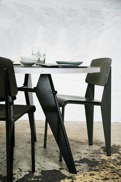 scandinaviancollectors:  JEAN PROUVÉ, Gueridon dining table (1949) and Métropole chair, model no. 306, circa 1952.
