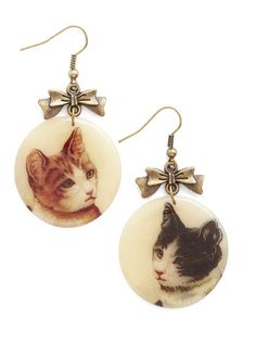 Picture Purr-fect Earrings