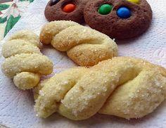 Receitas Culinárias: TORCIDINHOS DE NATA Croissants, Onion Rings, Doughnut, Biscotti, Favorite Recipes, Pasta, Cookies, Banana, Ethnic Recipes