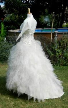 Robe de Mariée modèle Fugue de chez Hervé Mariage