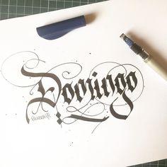 Domingo . #sunday #caligrafia #calligraphy #feitoamao #arte #compredequemfaz #santos #baixadasantista #handmade #moderncalligraphy #typespire #handlettering #lettering #letteringbr #typography #design #art #inspiration #typism #instagood #gratidao #work #poster #motivation