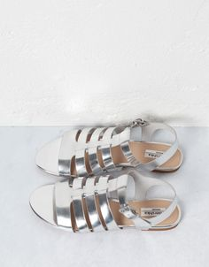 Sandália metalizada BSK - Calçados - Bershka Portugal