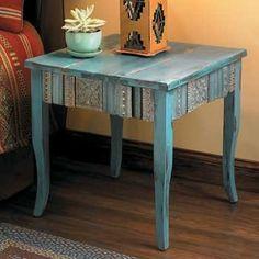 side table deco by Raedolst