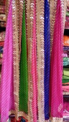 Lehariya duppata by Araina fabs Bridal Dupatta, Bridal Mehndi Dresses, Indian Attire, Indian Wear, Pakistani Outfits, Indian Outfits, Jaipuri Suits, Kamiz Design, Dress Neck Designs