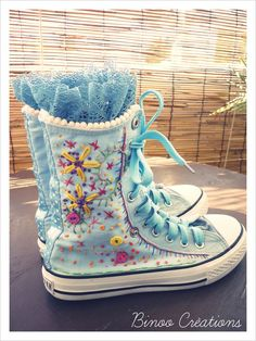 Decorate your shoes .Embroidered converse. Fun Projects