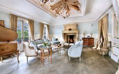 How To Always Make The Most Of Your Herringbone Floors