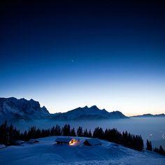 #winteriscoming #hasliberg #gummenalp #haslital #evening #berneroberland #wetterhorn #winternights #swissalps #schweiz #switzerland…