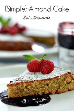 Simple Almond Cake | Real Housemoms | #almondcake #recipe #BrunchWeek #dessert