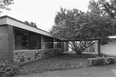 Marcel Breuer (1902-1981)   The George and Vera Neumann Residence   Croton-on-Hudson, NY   1953