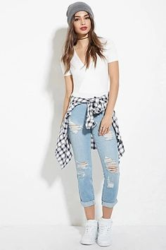 Distressed Boyfriend Jeans | Forever 21 #forever21denim