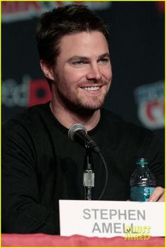 Stephen Amell: Hot, but hotter with his shirt off, lol!!!!!