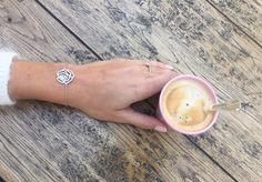 #Amour et #féminité Bracelet Idylle #VanessaTugendhaft entièrement pavée de #diamants et chaînette en #or blanc - #gold #bijouterie #bijoutier #horloger #horlogerie #joaillier #joaillerie #jewelry #jewellery - À découvrir chez #LouisJulianetFils à #Cannes