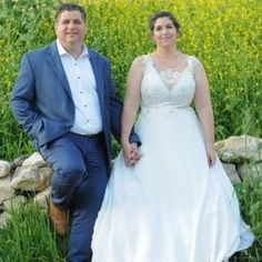 CUSTOM PLUS SIZE WEDDING GOWNS FOR FULLER FIGURED WOMEN