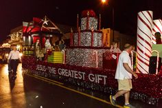 christmas parade float themes | think FBC must have some engineers in their congregation.