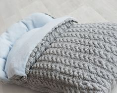 """Diy Crafts - """" looks like a swaddler but for daytime? Iris at 1 now puts her blanket wrapped around her head for sleeping sooo? Baby Swaddle Blankets, Knitted Blankets, Baby Staff, Restoration Hardware Baby, Baby Cocoon, Plaid Blanket, Crochet Bebe, Baby Sweaters, Handmade Baby"""