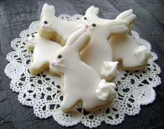 Baby Easter Bunny Sugar Cookies - Mini Bites from pfconfections on Etsy. Shop more products from pfconfections on Etsy on Wanelo. Mini Cookies, Cute Cookies, Easter Cookies, Easter Treats, Snowball Cookies, Happy Easter, Easter Bunny, Easter Eggs, Easter Table