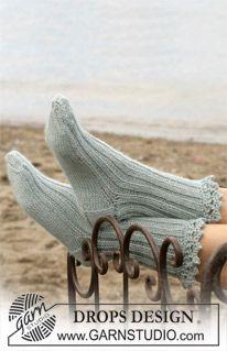"""DROPS Sokken met kanten rand van een dubbele draad """"Alpaca"""". Maat 35 t/m 44. ~ DROPS Design"""