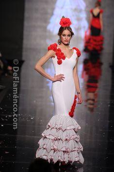 COLOR ❤ BLANCO + ROJO ♡ Fotografías Moda Flamenca - Simof 2014 - Molina Moda Flamenca 2014 - Simof 2014…