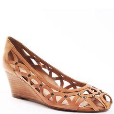 Guess Shoes   Argue - Med Nat Leather