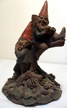"""This is a Audubon & Peterson in the resin Gnome pattern by Tom Clark. This piece is in Excellent condition free of chips or cracks. Sorry, this item does not come boxed.  10""""Hx6""""Wx6 3/4""""D Signed dated and numbered Insurance included in price  SOLD"""