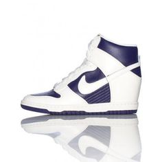 9d7adb618004 Nike Dunk Sky High Sneaker Nike High Tops