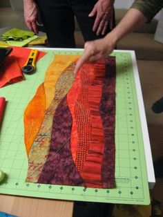 Sew Susan SewYou can find Landscape quilts and more on our website. Quilting Tips, Patchwork Quilting, Quilting Tutorials, Applique Quilts, Machine Quilting, Quilting Projects, Sewing Projects, Art Quilting, Crazy Quilting