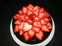 Picture of Strawberry Flower - Chocolate Cake