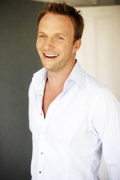Rupert Penry-Jones YUM