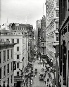Nassau Street. New York, circa 1905.