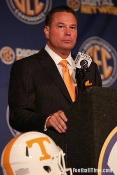 Coach Butch Jones