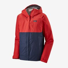 Simple and unpretentious, the Patagonia Men's Torrentshell Rain Jacket provides long-term comfort and protection in soaking storms and steady drizzles. Vest Jacket, Nike Jacket, Rain Jacket, Patagonia, Site Mode, Outfits Hombre, Outdoor Outfit, Hand Warmers, Windbreaker