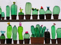 Plastic art by Veronika Richterová, from recycled plastic bottles. Reuse Plastic Bottles, Plastic Bottle Crafts, Plastic Art, Plastic Animals, Recycled Bottles, Recycled Art, Empty Bottles, Plastic Recycling, Drink Bottles