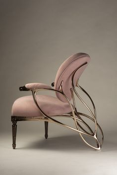 A sensual chair that depicts the transformation from a pupa to a butterfly Home Decor Furniture, Unique Furniture, Contemporary Furniture, Luxury Furniture, Home Furnishings, Furniture Design, Luxury Chairs, Home Interior Design, Interior Decorating