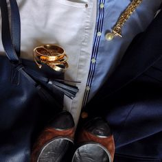 Instagram @headedoutthedoor #ootd | #bananarepublic shirt and flats | #jcrewfactory blazer | #gap jeans | #oldnavy tote | #hm necklace and bracelets | #cwonder bracelets