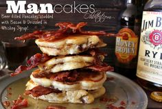 Mancakes - beer pancakes studded with bacon and topped with whiskey maple syrup --- O.O I want mancakes. What's For Breakfast, Breakfast Dishes, Breakfast Recipes, Beer Recipes, Cooking Recipes, Campfire Recipes, Pancakes And Bacon, Cooking With Beer, Breakfast