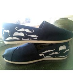 Haha these are adorable. Mustache Toms.