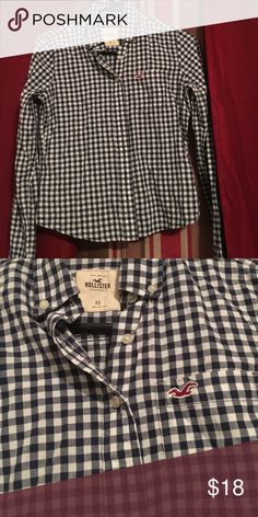 Young boys hollister shirt. In perfect condition worn once for pictures. No stains or rips. Hollister Shirts & Tops Button Down Shirts