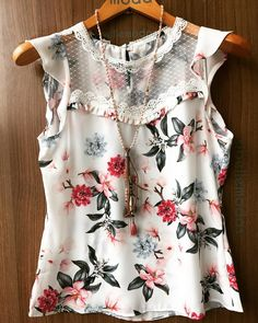 This would be great style top with colored jeans Cute Fashion, Look Fashion, Fashion Outfits, Womens Fashion, Cute Dresses, Casual Dresses, Diy Clothes, Clothes For Women, Stitch Fix Outfits