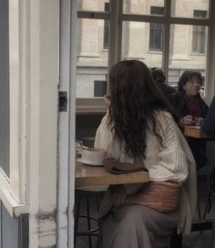 Foto Instagram, Aesthetic Girl, Aesthetic Clothes, Oeuvre D'art, Aesthetic Pictures, Daydream, Girl Photos, Light In The Dark, Harry Potter