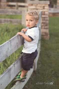 toddler photo session - Nikki Sabato Photography