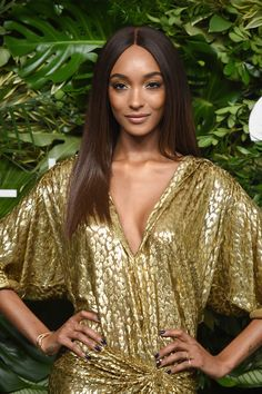 Jourdan Dunn attends the 11th Annual God's Love We Deliver Golden Heart Awards at Spring Studios on October 16, 2017 in New York City. Beautiful Female Celebrities, Beautiful Women, Jordan Dunn, Golden Awards, Spring Studios, Supermodels, Hair Color, Hair Beauty, Golden Heart